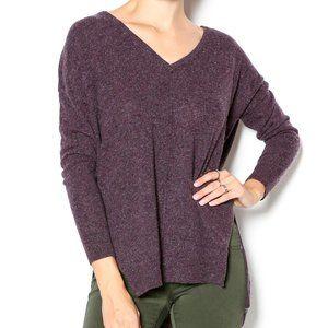 AUTUMN CASHMERE Hi-Lo V-Neck Speckled Sweater